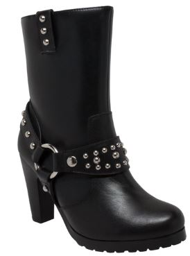 Studded boots 8546