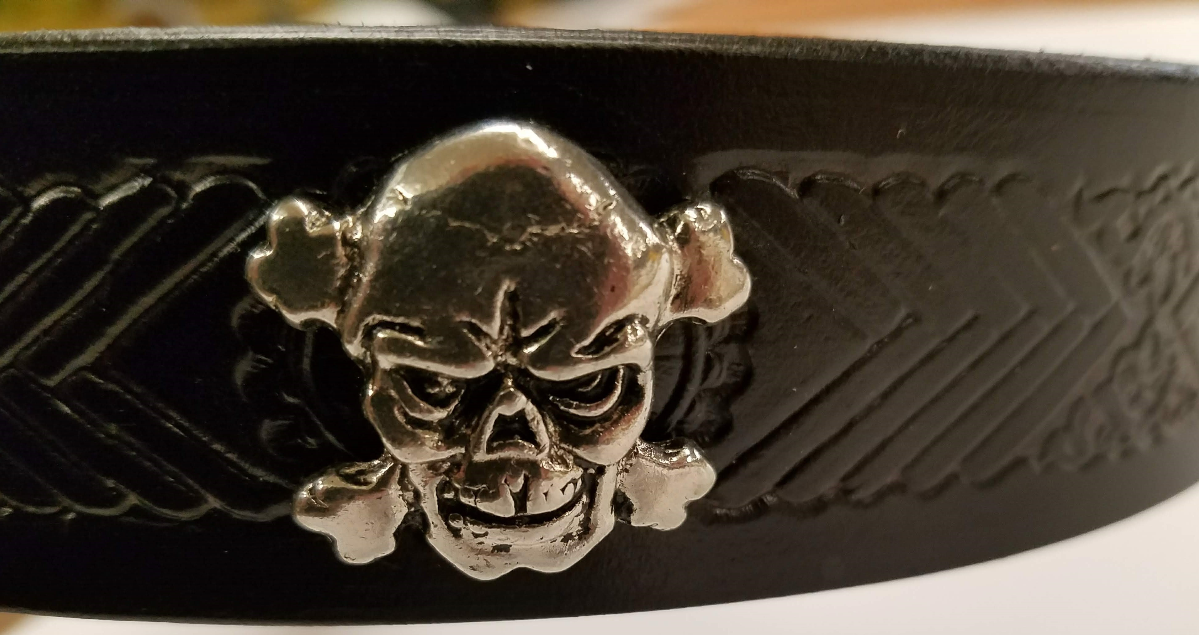 Belt Skull & Bones Medallion