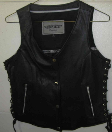 Premium Black leather vest, zipper pockets, 2681
